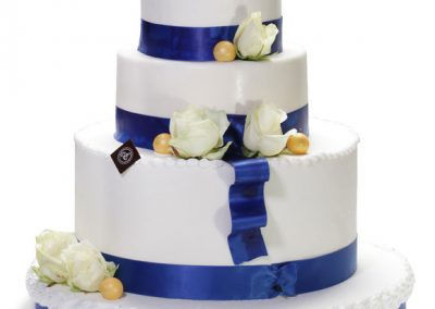 wedding-cake-smoking-bleu-bd