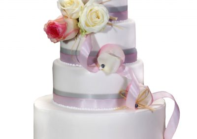 Wedding-cake-lovely