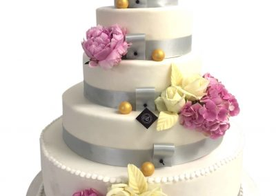wedding-cake-pivoine